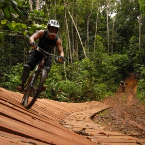 Suriname_Guyana_Trinidad_Tobago_Curacao/BD-Mountain-bike-4