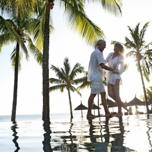 Valtiot/Mauritius/2020/resorttikuvia/HA-Lifestyle-8-Couple